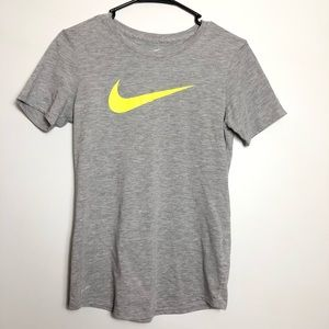 Nike Grey Athletic Cut Short Sleeve Size Small